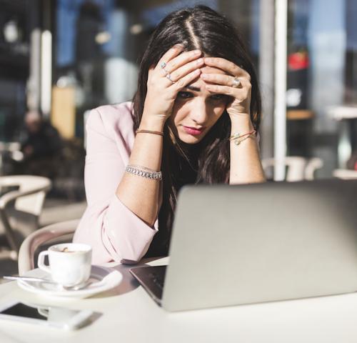 ¿Qué es la cibercondría? Centrum Psicólogos